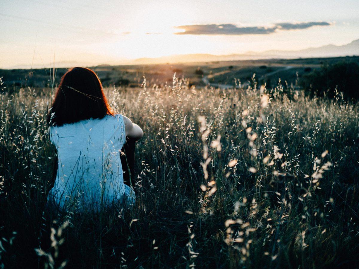 男性から見たいつも恋がうまくいかない女性の特徴10選 - love